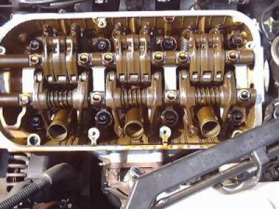 какое масло надо заливать в двигатель форд фокус 2 при пробеге200000