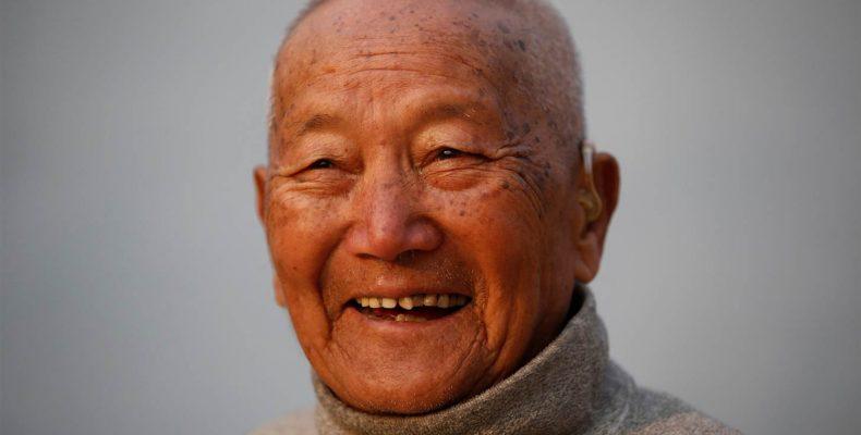 Эверест: 85-летний непалец станет самым старым человеком в мире, который поднимется на пик