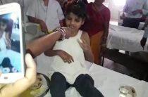 В Индии в стае диких макак нашли десятилетнюю девочку