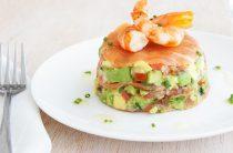 Кулинарим дома: cалат с креветками и авокадо