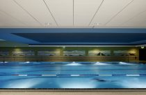 Почему так важна акустика в помещении бассейна