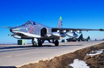 Летчики штурмовой авиации ВВО уничтожили бронетехнику условного противника