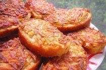 7 рецептов горячих бутербродов 1. Горячие бутерброды с