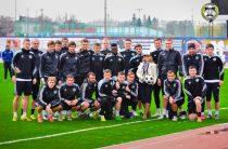 """Футболисты """"Торпедо"""" поздравили болельщицу клуба с Днем Рождения!"""