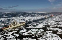 Ледокол «Иван Сусанин» обеспечивает безопасную навигацию в Авачинском