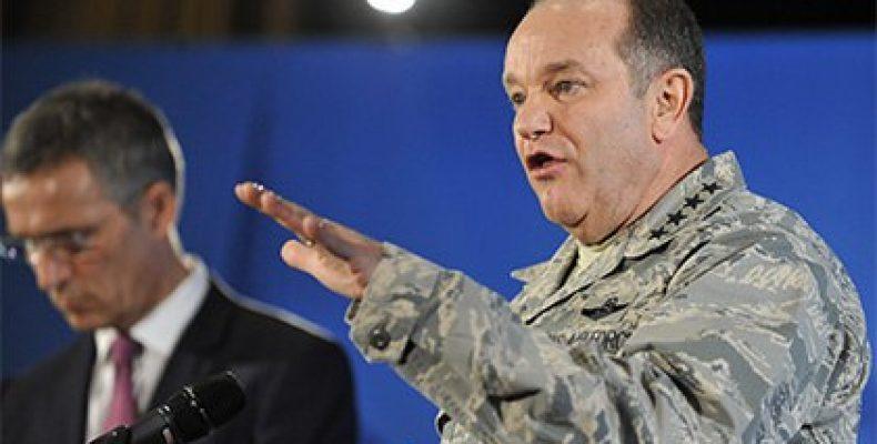Грузия почтила командующего силами НАТО в Европе орденом