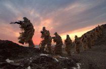 Китайские власти запретили оказывать платные услуги армии страны