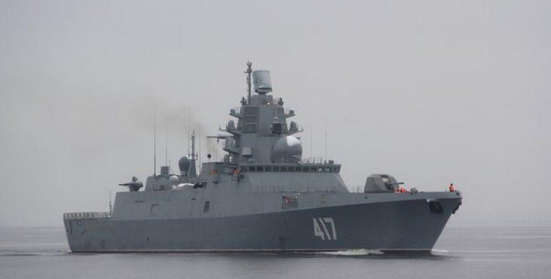 Фрегат «Адмирал Горшков» провел стрельбы в Баренцевом море
