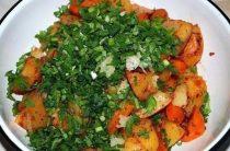Картошка в рукаве Ингредиенты: ● 1 кг. картофеля,