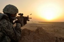 Американский солдат застрелил мальчика возле авиабазы в Афганистане