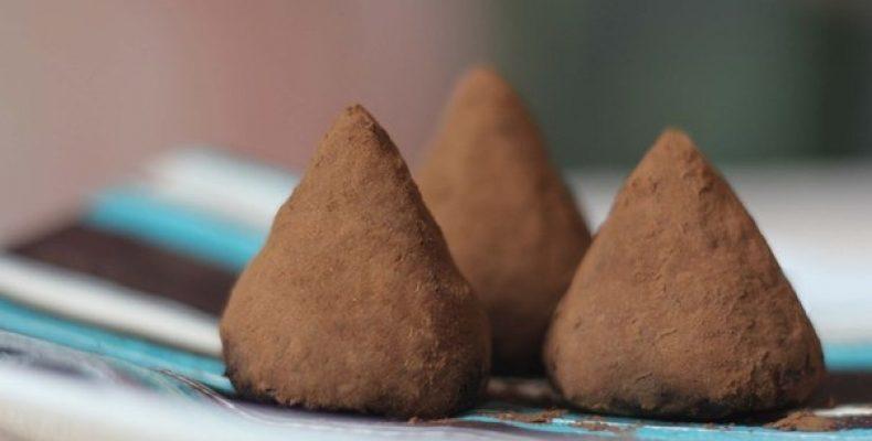 Шоколадные трюфели Ингредиенты: 1,5 стакана сахара 0,5 стакана