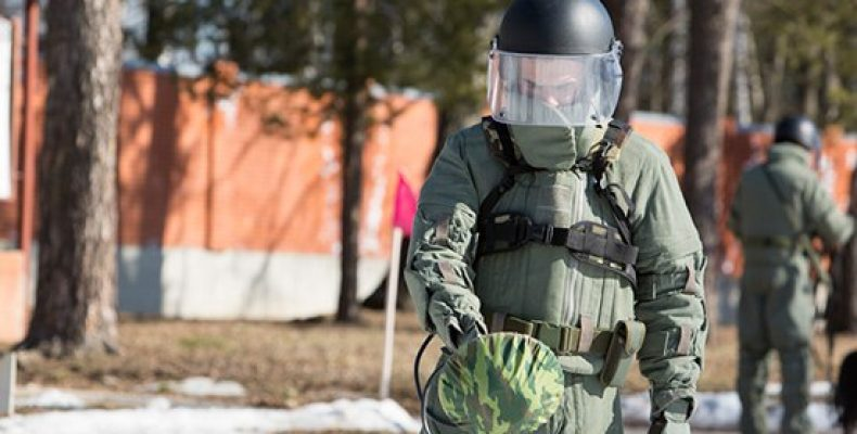 Министр обороны России отдал указания на переброску специалистов
