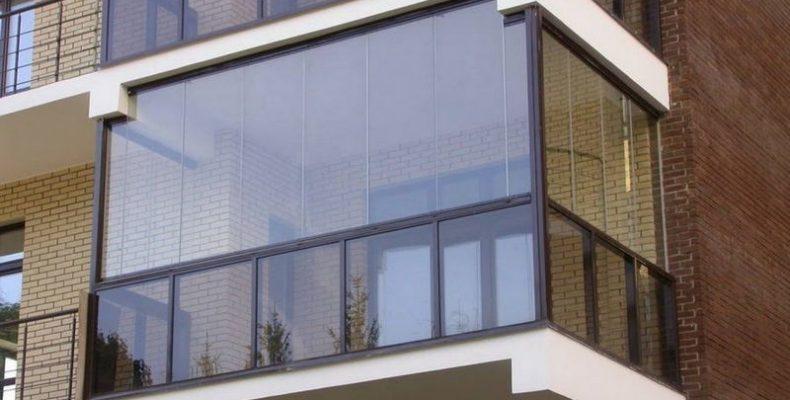 Французский балкон – цена прозрачных фасадов