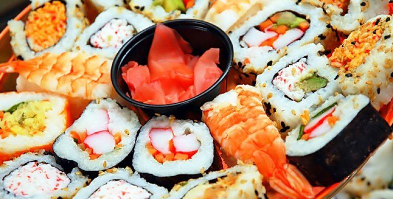 Японская еда и ее доставка по Москве