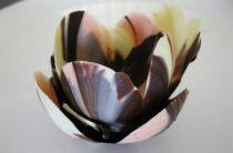 Шоколадные креманки-тюльпаны Хотите удивить гостей необычной подачей десерта?