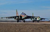 Летчики ЮВО уничтожили базу условного противника на учении