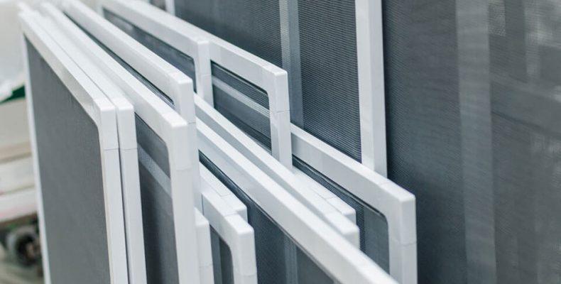 Современные окна и москитные сетки
