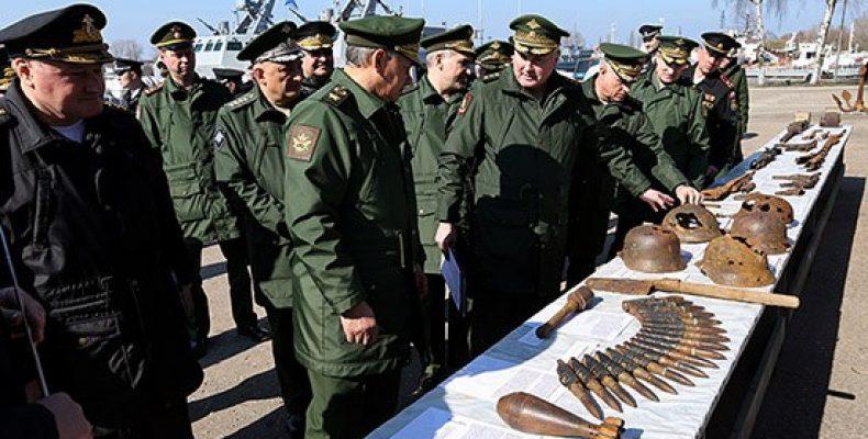 Министр обороны России проинспектировал строительство причального фронта в