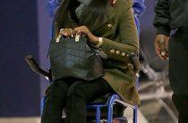 Наоми Кемпбэл снова замечена в инвалидной коляске Она
