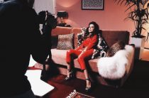 """Ани Лорак опубликовала первые кадры клипа """"Уходи по-английски"""""""