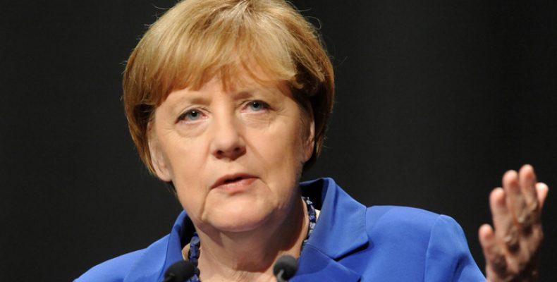 Меркель угрожает Британии санкциями, если Королевство запретит въезд гражданам ЕС